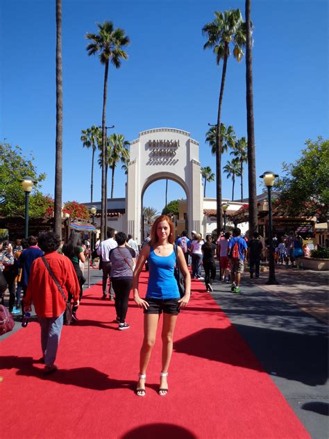 Warner Bros vs Universal Studios – Which One To Visit