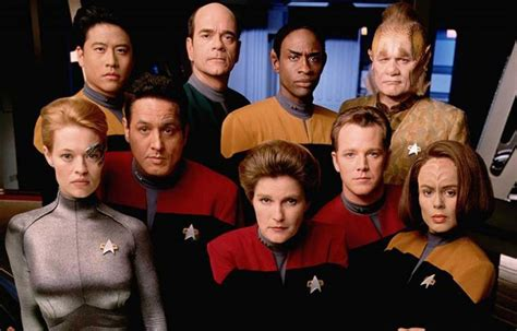 STAR TREK: VOYAGER Virtual Cast Reunion Set for May 26