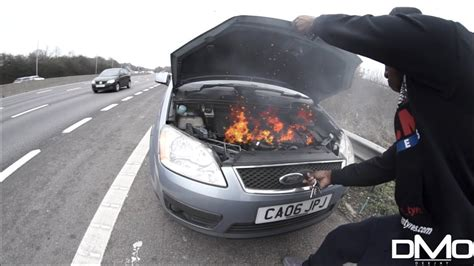 CAR ON FIRE ON THE M25 MOTORWAY LONDON!! - YouTube