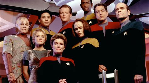 Addicted to Star Trek: Why I Love Voyager